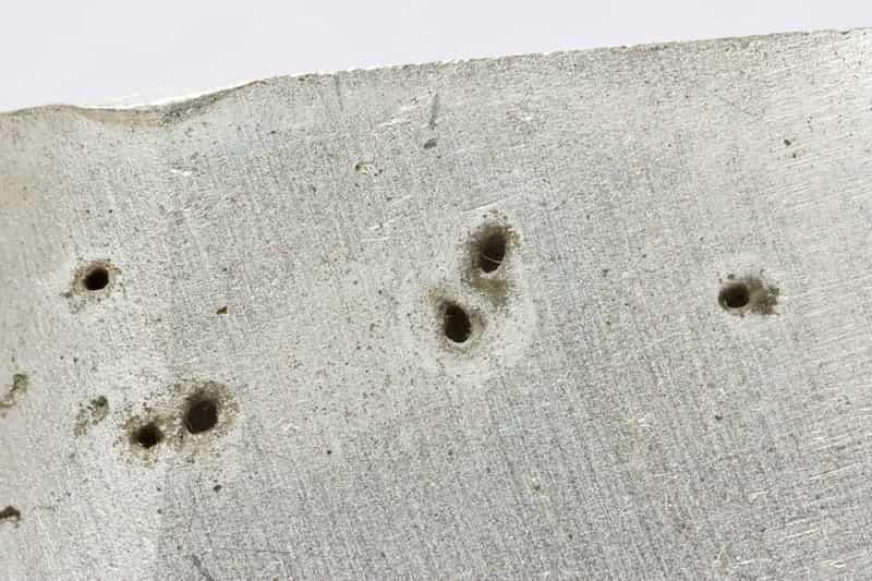 خوردگی حفرهای آلومینیوم