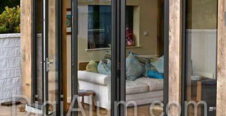 پنجره آلومینیومی آکاردئونی